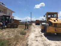YOL YAPIMI - Çaldıran'da Yollar Kilitli Parke Taşıyla Süsleniyor