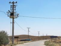 İKIKÖPRÜ - Dicle Elektrik, Kayapınar Beldesinin Şebekesini Yeniledi