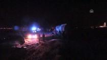 Kahramanmaraş'ta Kepçenin Çarptığı Boru Hattından Petrol Fışkırması