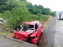 MUSTAFA AKSOY - Korkunç Kaza Açıklaması 3 Ölü, 1 Yaralı