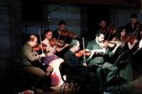 PIYANIST - Kuşadası'nda Oda Orkestrasından Balkan müzikleri konseri