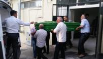 CENAZE ARACI - Öfkeli Damadın Öldürdüğü 3 Kişinin Cenazeleri Yakınlarına Teslim Edildi