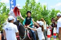 Suriyeli Çocuklar, Atlarla Doyasıya Eğlendi