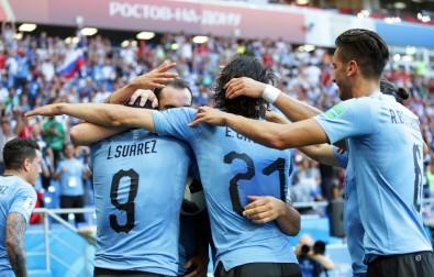 Uruguay ve Rusya turladı! Suudiler elendi