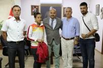 MURAT KAYA - Avrupa İkincisi Fadime'den İl Müdürü Demir'e Ziyaret