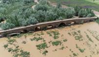 SİVAS VALİSİ - Kral Yolu üzerindeki 2 bin yıllık köprü
