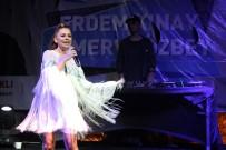 ERDEM KINAY - Merve Özbey Ve Erdem Kınay'dan Unutulmaz Konser