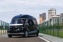 TEST SÜRÜŞÜ - Rusya'da Sürücüsüz Elektrikli Otobüs 'Shuttle' Tanıtıldı