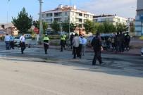 DEVLET HASTANESİ - Trafik Polisi Kazada Yaralandı, Kardeşi Öldü