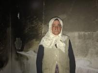 Yalnız Yaşayan Kadının Evine Yıldırım Düştü