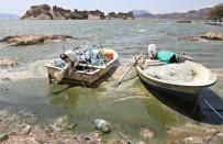 İZMİR KÖRFEZİ - Bafa Gölü Yine Yeşile Boyandı