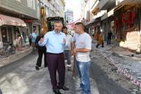 KALDIRIM ÇALIŞMASI - Başkan Kılıç Açıklaması 'Kaldırım Ve Asfaltta Sorunları En Aza İndireceğiz'