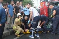 İTFAİYE ARACI - Göreve Giden İtfaiye Aracı Devrildi Açıklaması 3 Yaralı