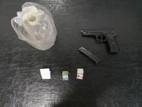 GÖÇERI - Jandarma Silah Ve Uyuşturucu Ele Geçirdi