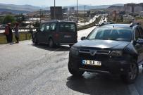 ZİNCİRLEME KAZA - Kırıkkale'de 11 Araç Birbirine Girdi Açıklaması 11 Yaralı