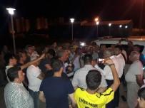 GÜLBEYAZ - Mahalle Sakinleri Kötü Kokuya Tepki Gösterdi