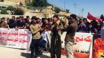KANDIL - Muhalefet 'Kandil Boşaldı' Dedi, İHA Halkın Arasına Karışan Teröristleri Görüntüledi