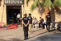 ONUR AKAY - Silahlı Saldırıda Hayatını Kaybeden Şarkıcı Hacer Tülü'nün İzmir'de Toprağa Verileceği Belirtildi