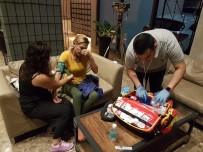 LEYLA BİLGİNEL - Tayland'da Sivri Sineğin Isırıp Hasta Ettiği Oyuncu Leyla Bilginel İstanbul'a Getirildi