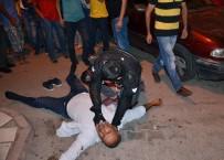 Adana'da Motosiklet Sürücüsü Hafif Yaralandı