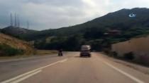 Aşırı Yük Taşıyan Otomobil Tehlike Saçtı