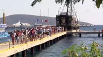 Bodrum'da 'Korsan Gemilerle' Tekne Turu Meşhur Oldu