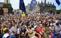 REFERANDUM - Brexit Karşıtı Binlerce Kişi Sokağa Döküldü