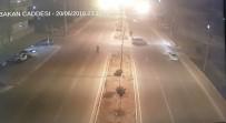 POLİS KAMERASI - Cadde Ortasındaki Kanlı Hesaplaşma Kamerada