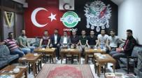 Gençler Kendi Aralarında Para Toplayıp 'Millet Kıraathanesi' Açtı