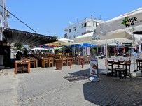 Gözde Tatil Merkezinin Sokakları Bomboş Kaldı