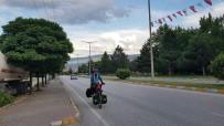 Kutsal Topraklara Ulaşabilmek İçin Malezya'dan Bisikletle Yola Çıktı