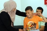 Suriyeli Çocuk, 4 Yıl Sonra İlk Kez Duydu