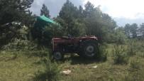 Tosya'da Traktör Devrildi Açıklaması 1 Yaralı