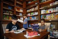 KITAPLıK - Yaz Tatilinde Kitap Okuma Keyfi