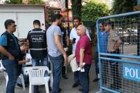 Adana'da Sayılan Oylar Seçim Kurullarına Getiriliyor