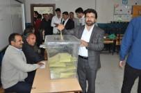 CENGIZ TOPEL - Ağrı Milletvekili Adayı Ekrem Çelebi Oyunu Kullandı