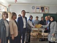 LÜTFIYE İLKSEN CERITOĞLU KURT  - AK Parti İl Başkanı Karadağ, Oyunu Kullandı
