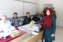MILLI EĞITIM BAKANı - Bakan Yılmaz Oyunu Sivas'ta Kullandı