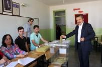 Belediye Başkanı Tutal, Oyunu Kullandı