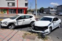 Diyarbakır'da Trafik Kazası Açıklaması 4'Ü Çocuk 7 Yaralı