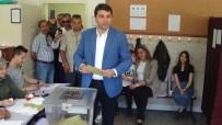 GÜLTEKİN UYSAL - DP Genel Başkanı Gültekin Uysal, Oyunu Memleketi Afyonkarahisar'da Kullandı