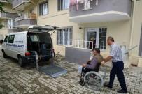 DAMAT İBRAHİM PAŞA - Engelli Taşıma Aracı İle Sandıklara Taşınan Vatandaşlar Oylarını Kullandı