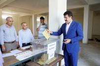 MEHMET EKİNCİ - Eyyübiye Belediye Başkanı Mehmet Ekinci Oyunu Kullandı