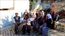 BOZKÖY - Manisa'da 48 Nüfuslu Mahallede, Oy Verme İşlemi 32 Dakikada Bitti