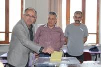 MUSTAFA KALAYCI - MHP'li Mustafa Kalaycı Oyunu Kullandı