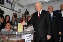DEVLET BAHÇELİ - MHP Lideri Bahçeli Oyunu Kullandı