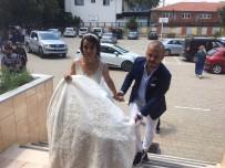 Düğünden Önce Sandığa Koştular