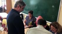 NECATİ ŞAŞMAZ - Sanatçı Necati Şaşmaz, Oyunu Kullandı