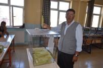 Yüksekova'da Oy Verme İşlemi Başladı