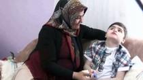 DİYABET HASTASI - Engelli Oğlu Ona Hayatla Mücadeleyi Öğretti
